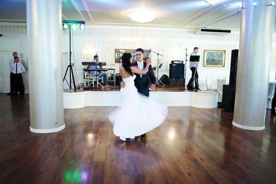 zdjęcia ślubne hotel na błoniach